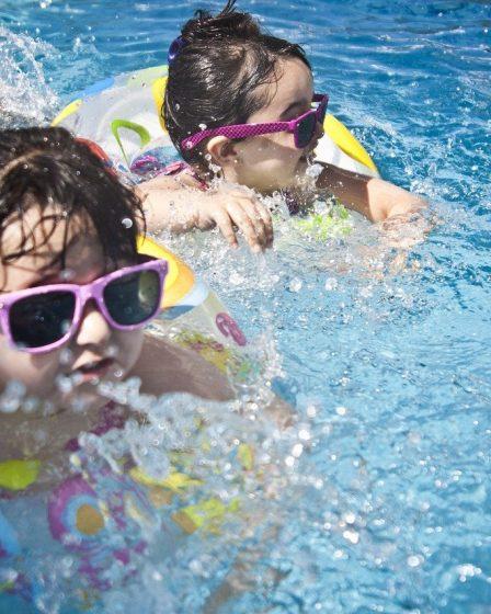 comment apprendre a nager a son enfant